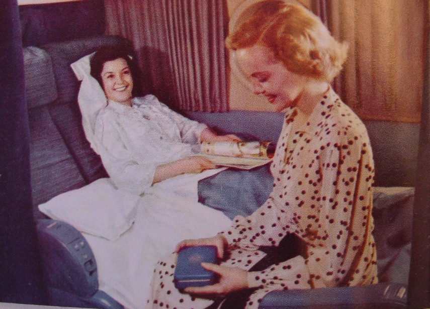 1950s The Pan Am Boeing 377 Stratocruiser offered lower berths in the forward VIP compartment.